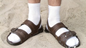socks-and-sandals-800x450